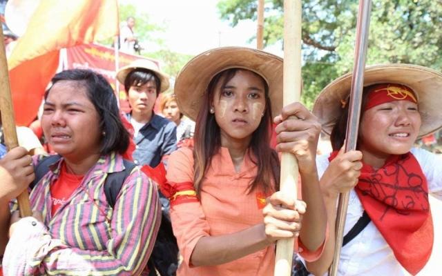 Myanmar: Studenter utvist etter fredelig protest
